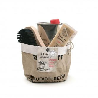 Savon solide, savon liquide et brosse spécial jardinage, fabrication artisanale Le Mas du Roseau