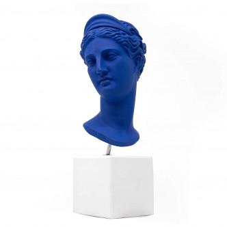 Statuette Artémis bleu klein, déco pop par Sophia