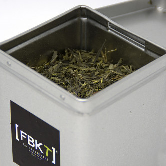 Feuilles de thé vert Sencha, boisson antioxydante