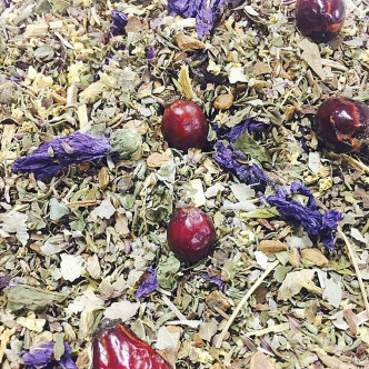 Thym, ronce, réglisse, cannelle, cynorrhodon, mauve, sureau, hibiscus