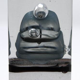 Détail sculpture en verre soufflé.