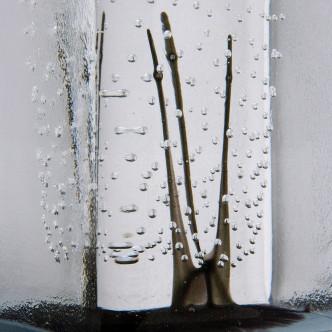 Détail totem de verre, pièce unique n°10 par Lise Gonthier.