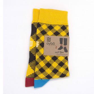 Chaussettes dépareillées à carreaux jaune et noir