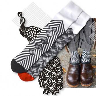 Chaussettes longues dépareillées par Oybo