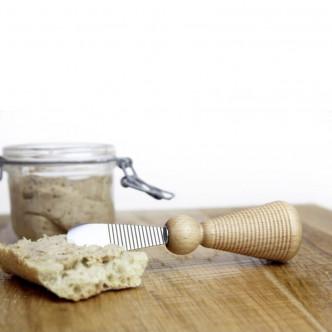 Couteau à beurre Nolwenn manche frêne, lame Gwen Ha Du