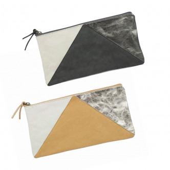 Pochette en papier enduit avec empiècement métallisé cousu main Uashmama