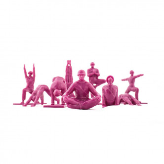 Figurines soldats GI en plastique rose et poses de yoga